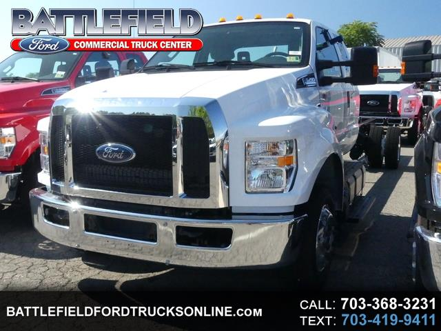2018 Ford F-650 SuperCab XL 245 WB 25,999 GVWR