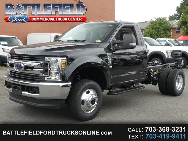 2019 Ford F-350 SD Reg Cab 4x4 XLT Chassis Cab