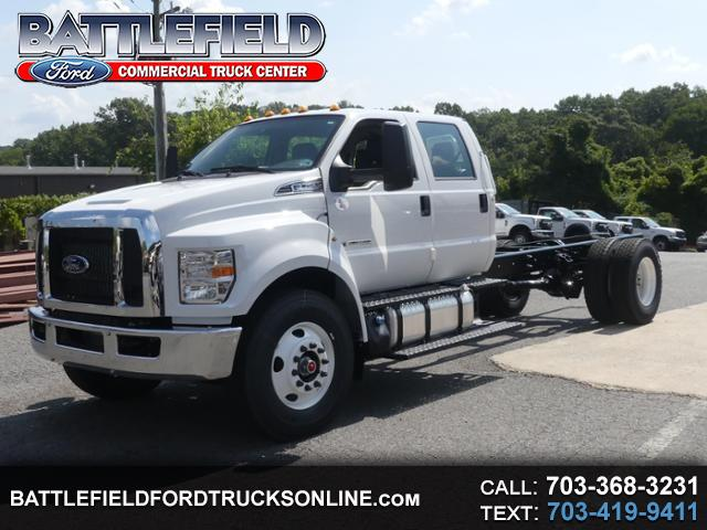 2019 Ford F-750 Crew Cab XL 25,999 GVWR Chassis Cab