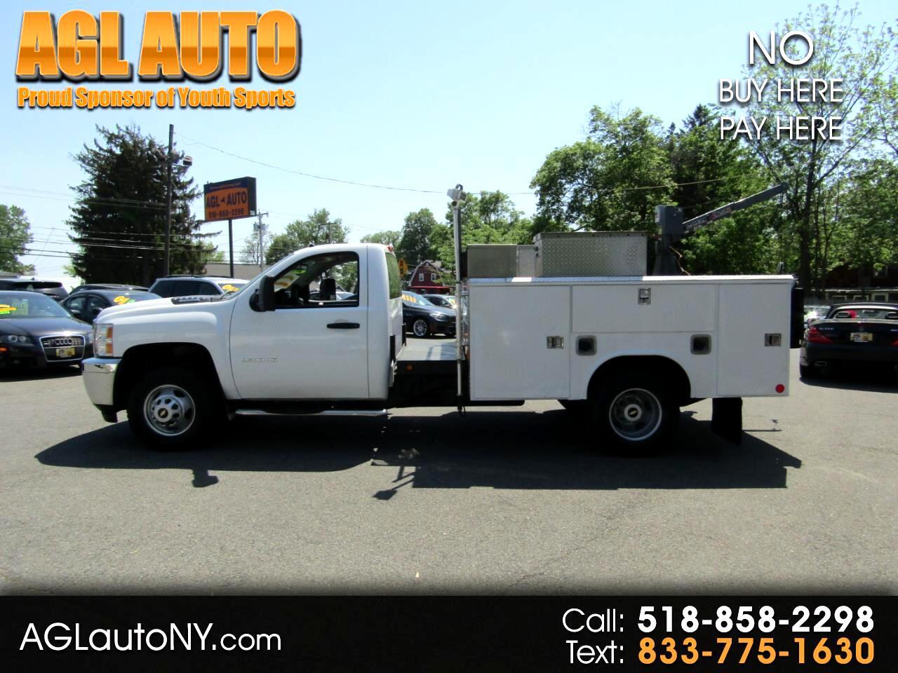 """Chevrolet Silverado 3500HD 2WD Reg Cab 162"""" WB, 84.3"""" CA WT 2012"""