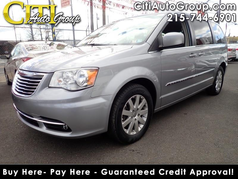 2014 Chrysler Town & Country Touring 4dr Mini-Van