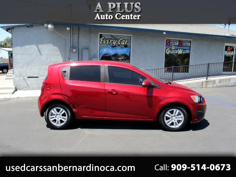 Chevrolet Sonic 2LS 5-Door 2012