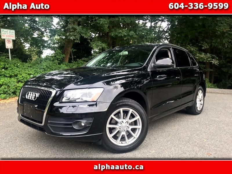 2010 Audi Q5 3.2 Premium PKG, Quattro, Local, No Accident