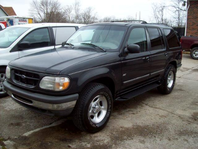 Ford Explorer XL 4-Door 4WD 1998
