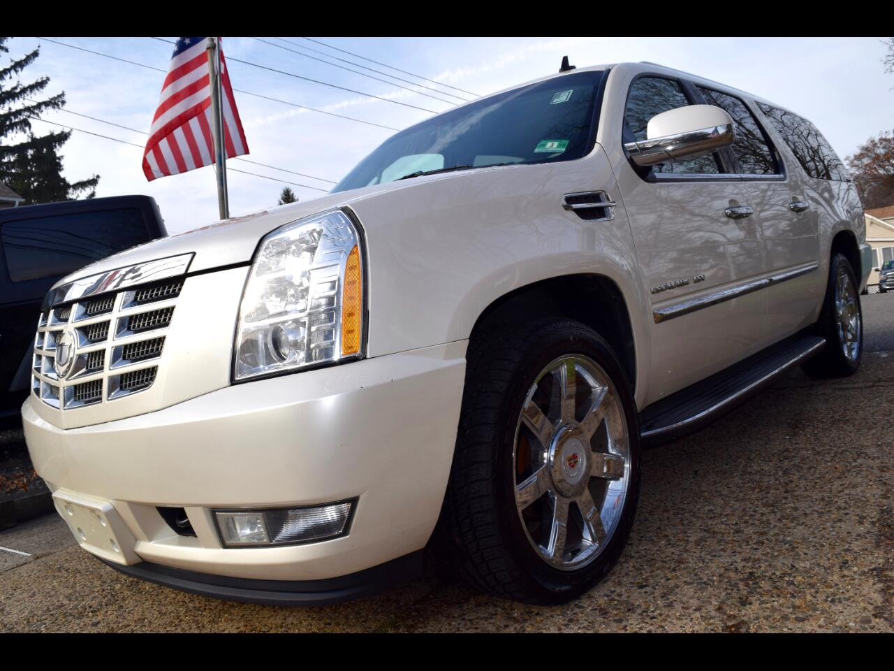 2010 Cadillac Escalade ESV AWD 4dr Luxury