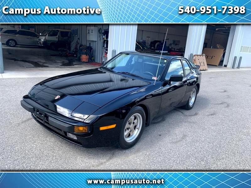 Porsche 944 2dr Coupe 5-Spd 1985