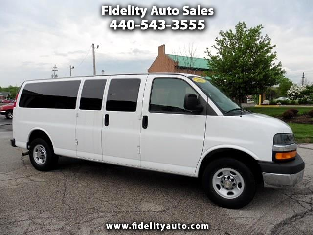 2015 Chevrolet Express Passenger G3500 15 Ext. 15-Passenger Van