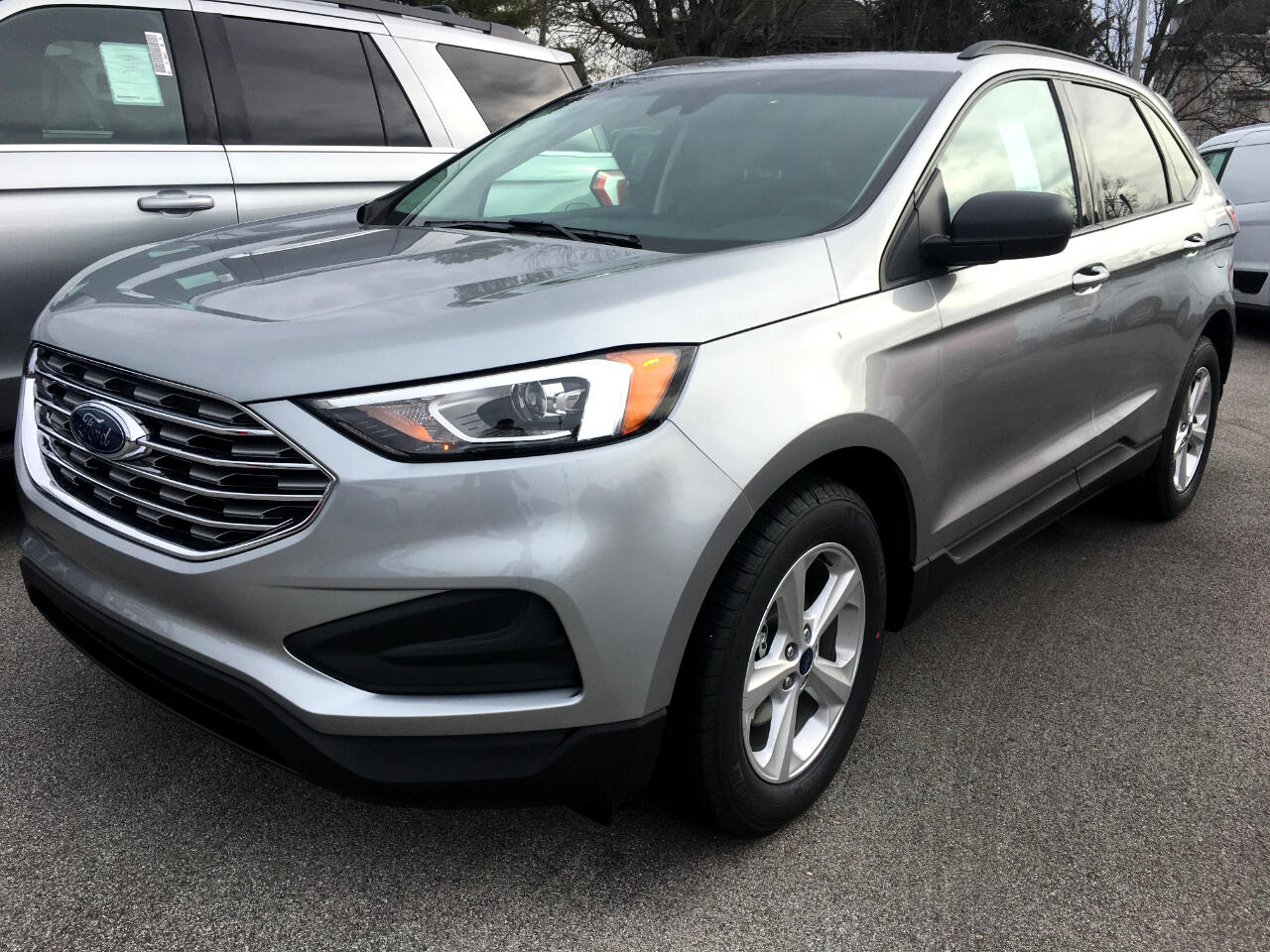 Ford Edge SE FWD 2020