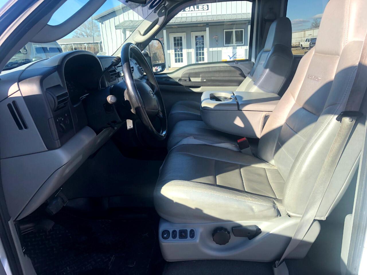 2006 Ford Super Duty F-250 Crew Cab Lariat 4WD