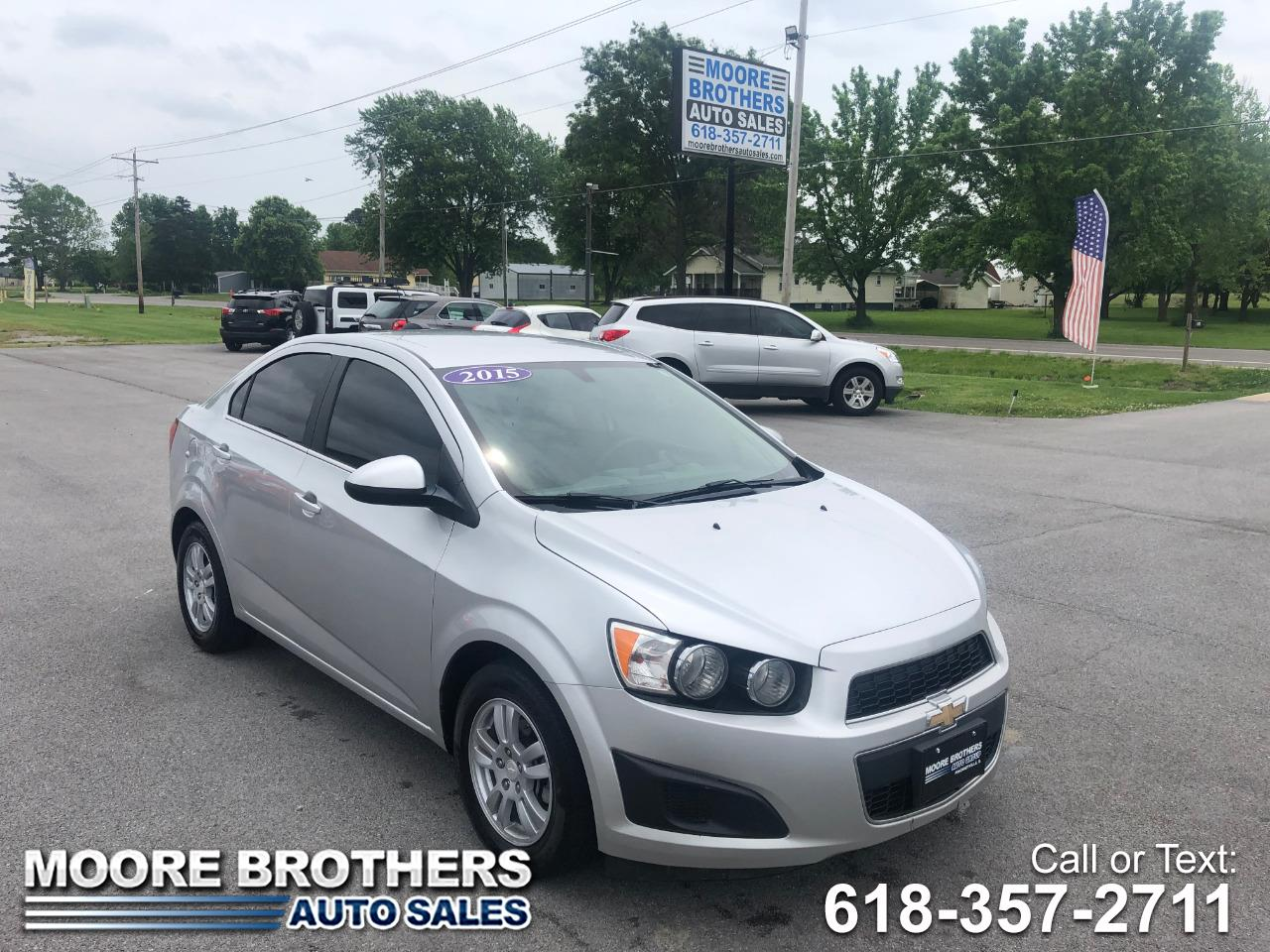 2015 Chevrolet Sonic 4dr Sdn Auto LT