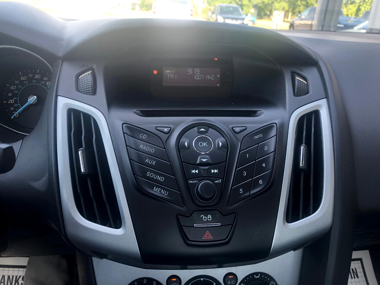 2012 Ford Focus 4dr Sdn SE