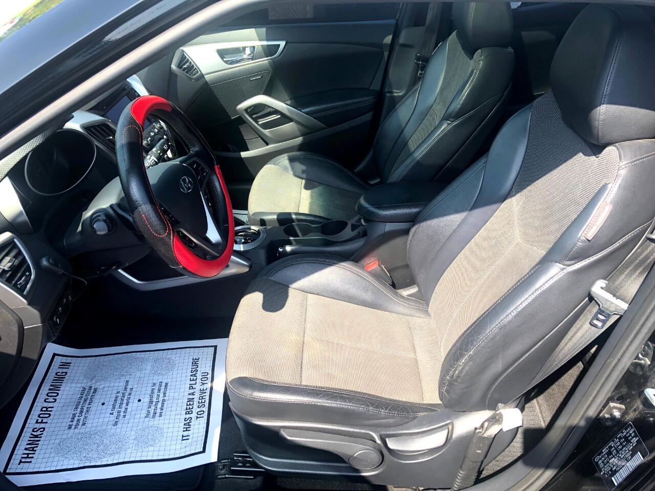 2014 Hyundai Veloster 3dr Cpe Auto w/Black Int