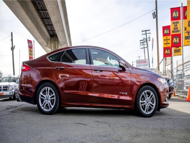 2016 Ford Fusion Hybrid Titanium