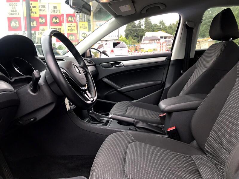 2017 Volkswagen Passat S 6A