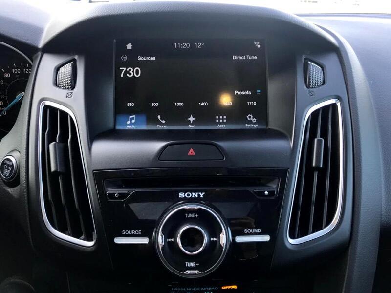 2016 Ford Focus Titanium Hatch