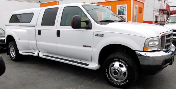 2004 Ford F-350 SD FX4 Crew Cab Long Bed DRW 4WD