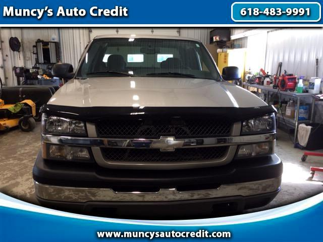 2004 Chevrolet Silverado 1500 Ext. Cab 4-Door Short Bed 2WD