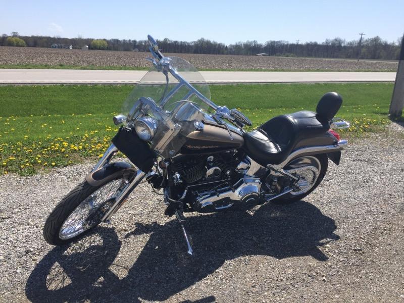 Harley-Davidson Deuce  2004