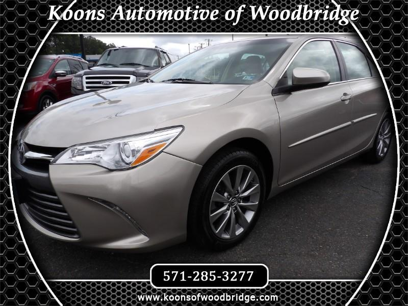 Toyota Camry 4dr Sdn XLE Auto 2017