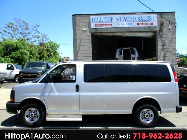 2012 GMC Savana Vans G2500 Passenger Van  Silver