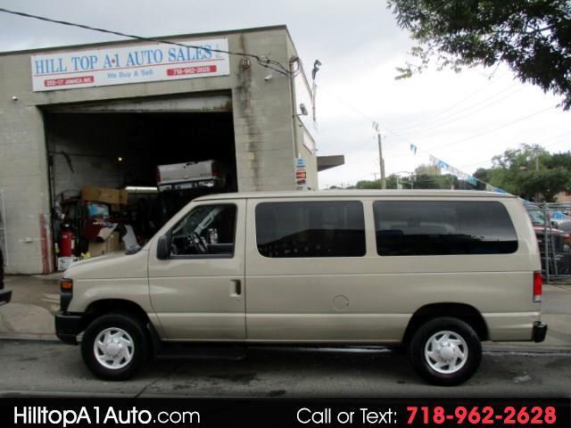 2014 Ford Econoline E-250 XL Passenger Van    ** 68K **