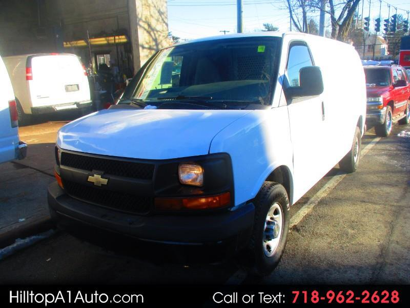 """Chevrolet Express Cargo Van RWD 3500 135"""" 2010"""