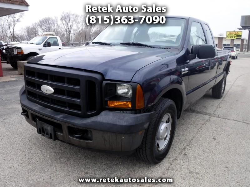 Ford F-250 SD XLT SuperCab Long Bed 2WD 2006