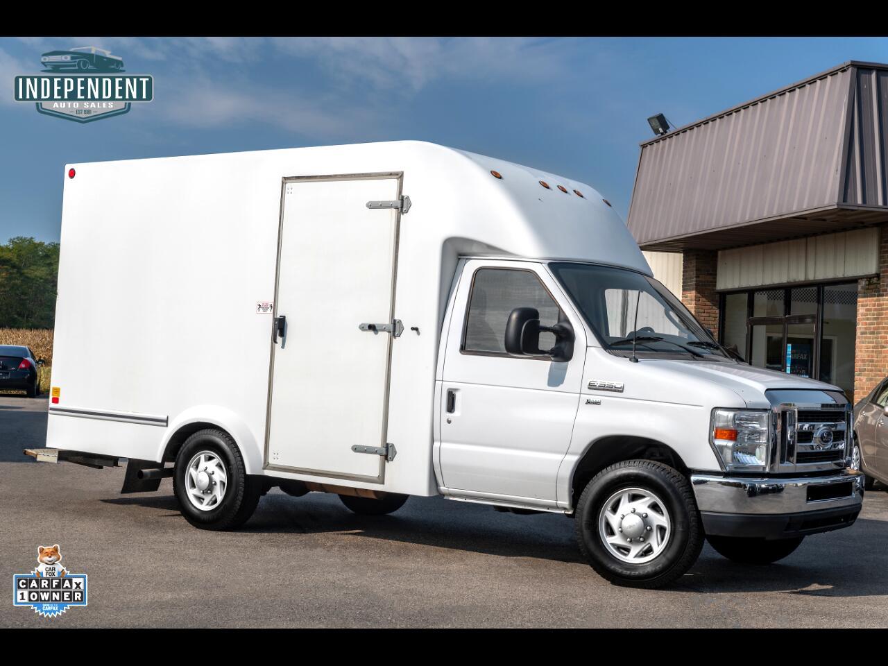 2012 Ford Econoline Commercial Cutaway E-350 Super Duty Box Truck