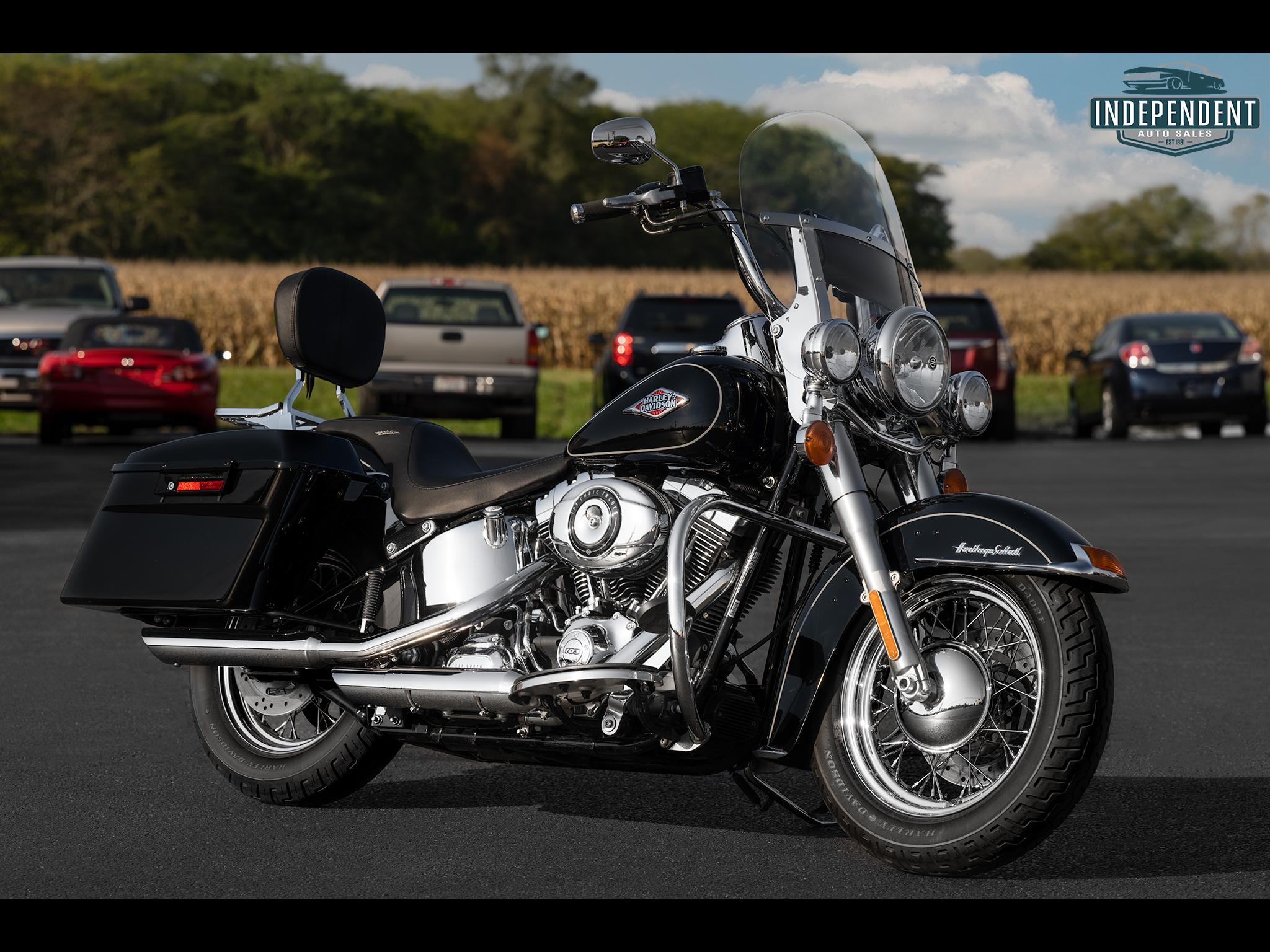 Harley-Davidson FLSTC  2013
