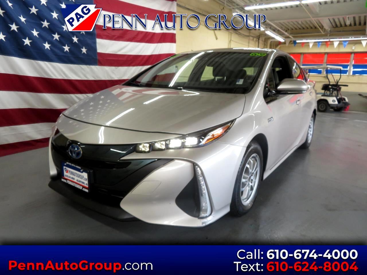 2017 Toyota Prius Prime Plus (Natl)