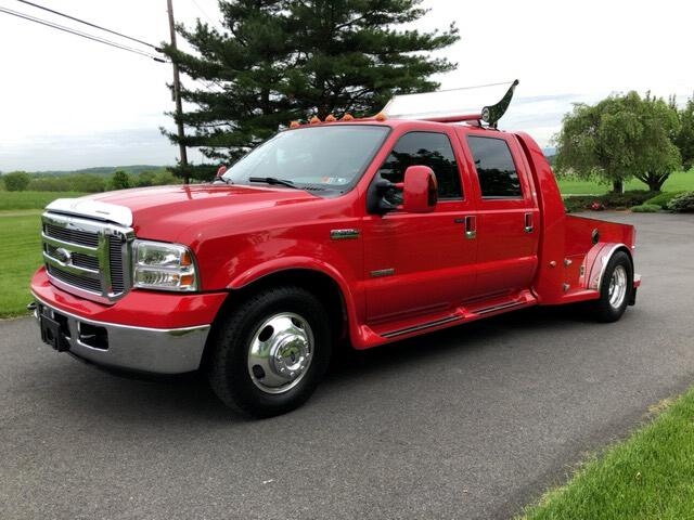 2006 Ford F-350 SD Lariat Crew Cab Long Bed 2WD DRW