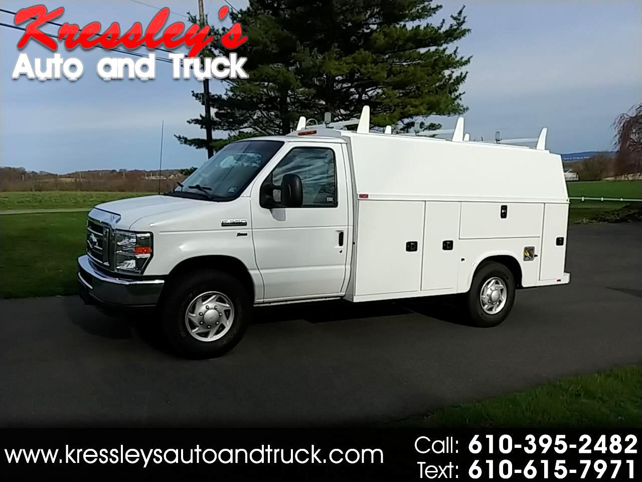 2015 Ford Econoline Commercial Cutaway E-350 Super Duty 138