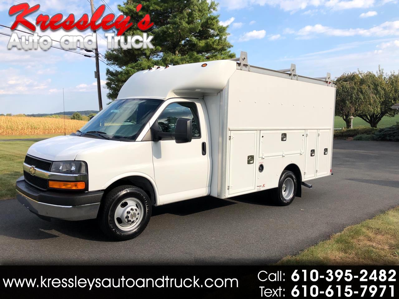 """Chevrolet Express Commercial Cutaway 3500 Van 139"""" 2013"""