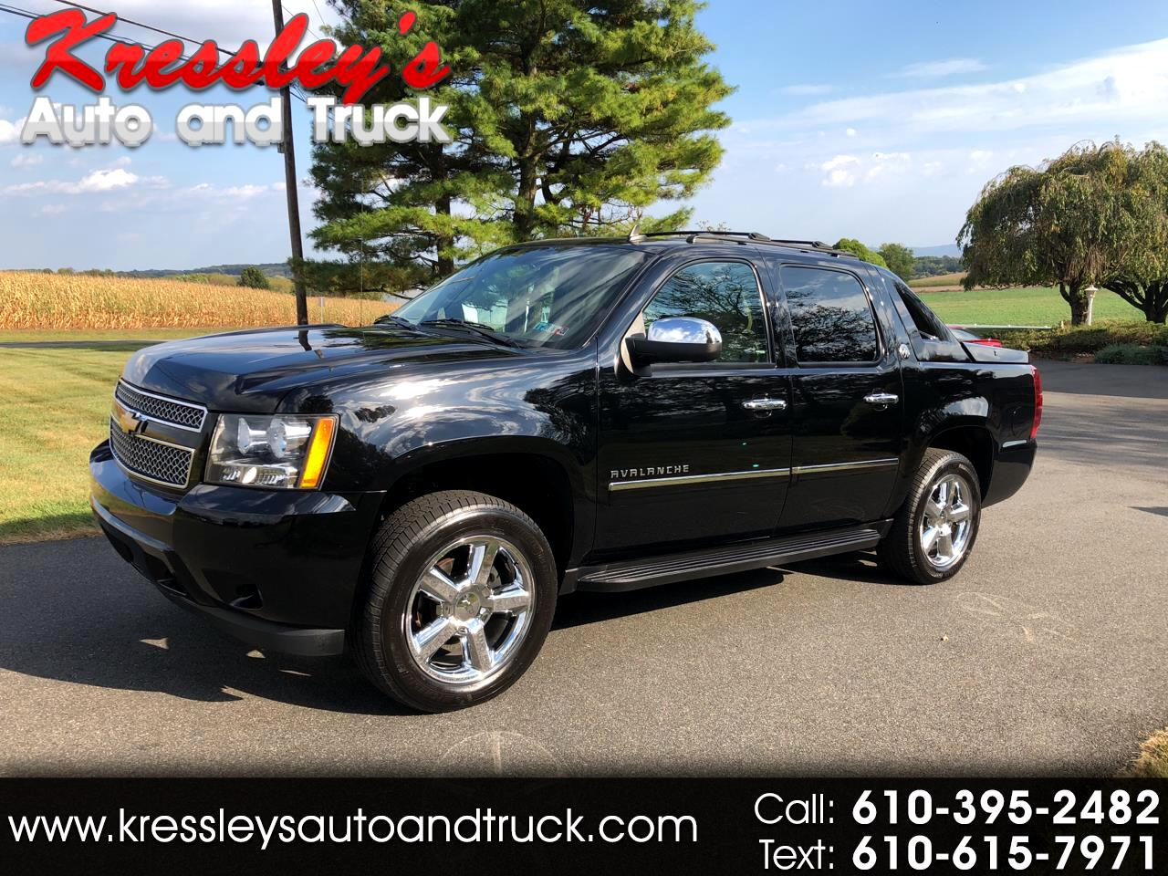 2013 Chevrolet Avalanche 4WD Crew Cab Black Diamond LTZ