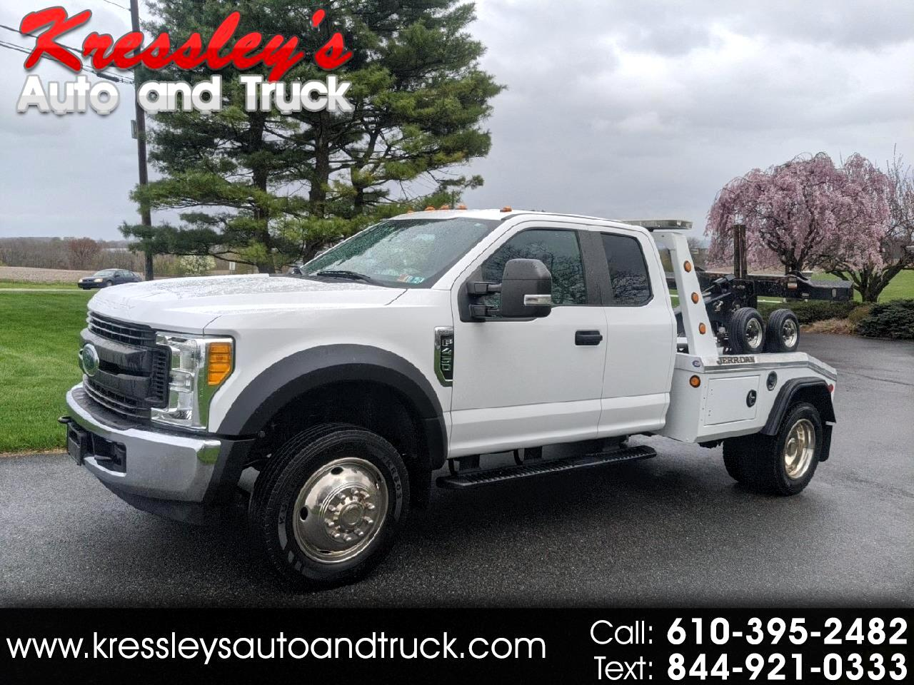 "2017 Ford Super Duty F-450 DRW XL 2WD SuperCab 168"" WB 60"" CA"