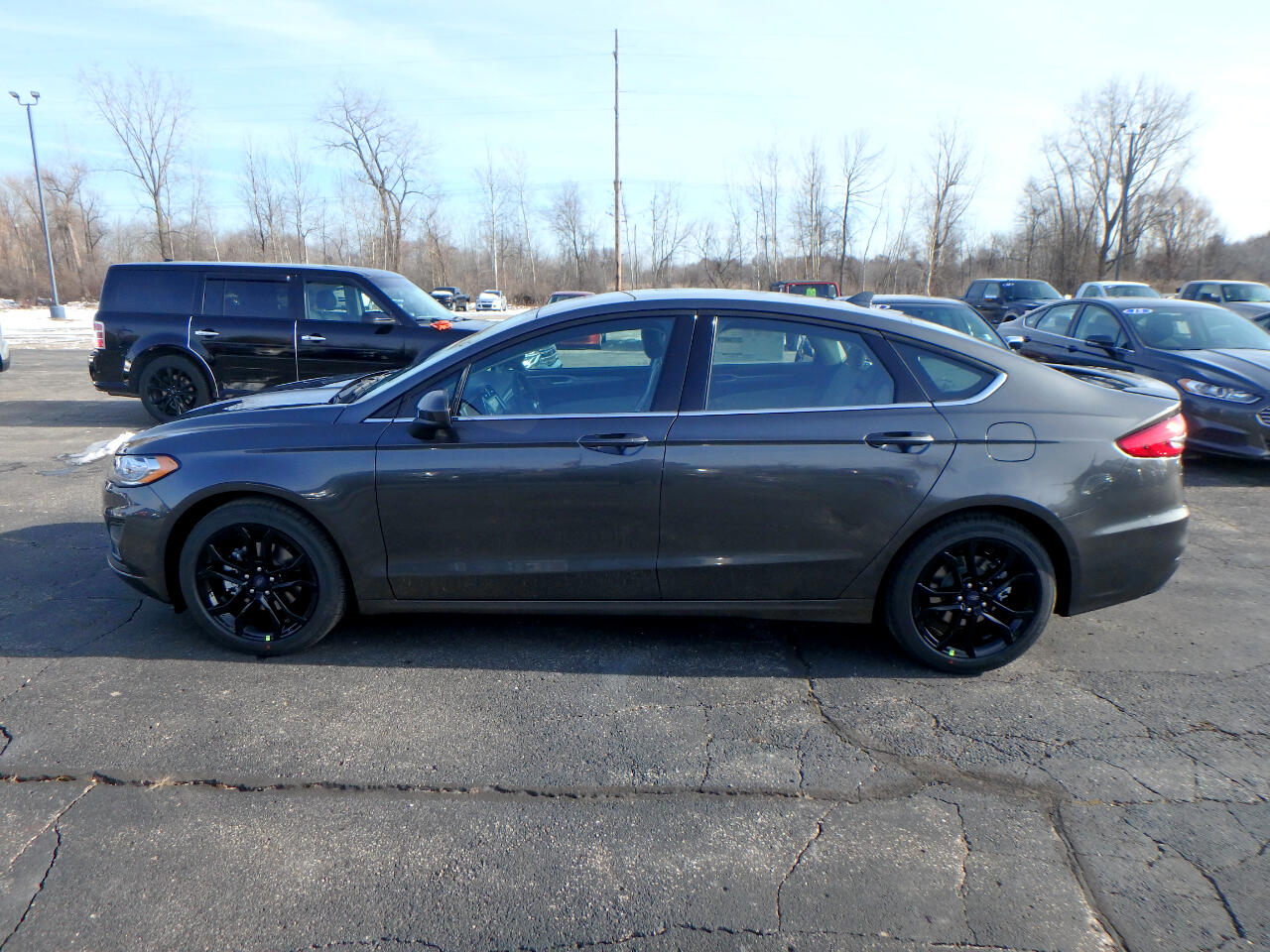 new 2019 ford fusion se fwd for sale in midland bay city. Black Bedroom Furniture Sets. Home Design Ideas
