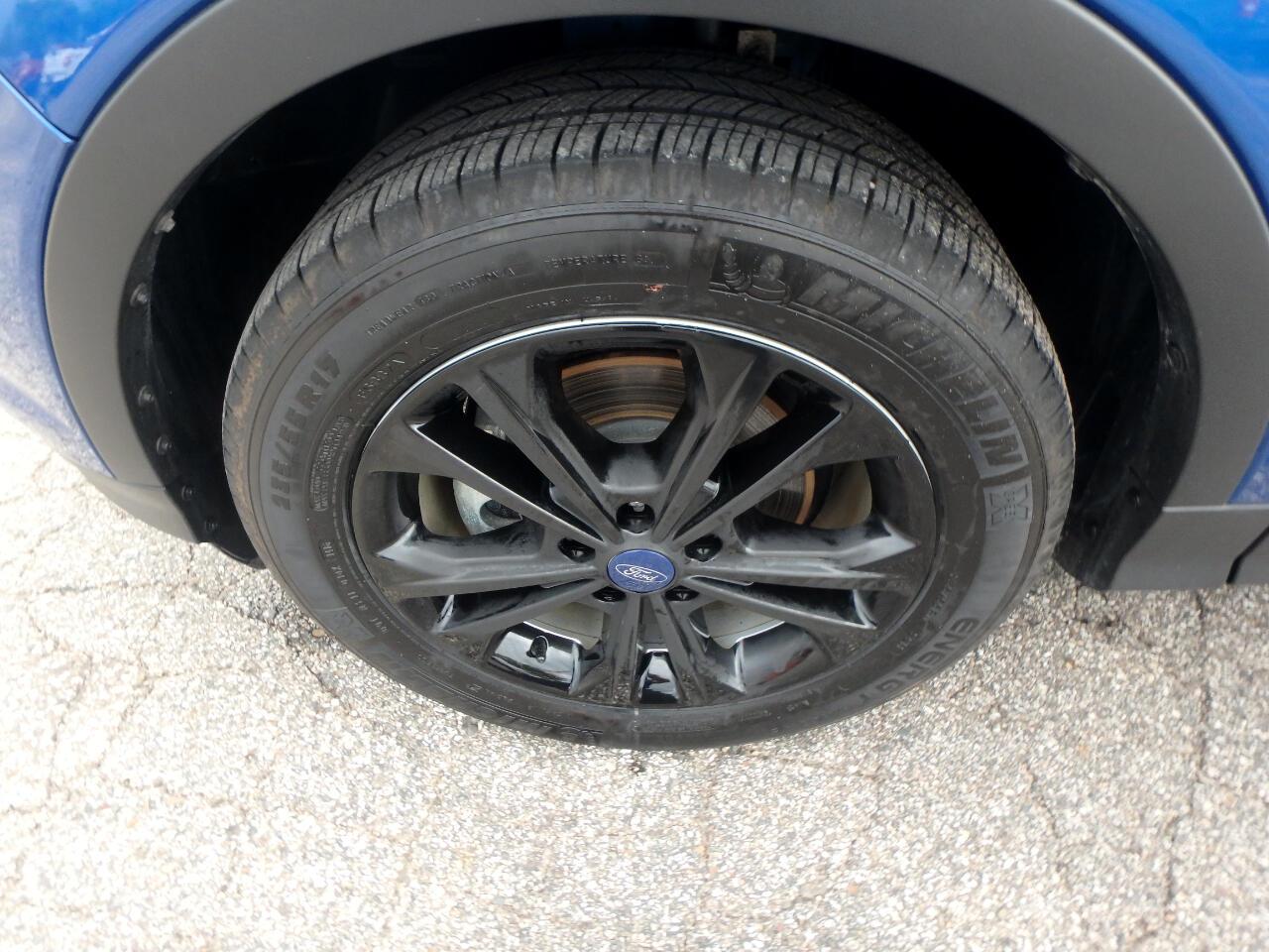 Ford Escape SE FWD 2017