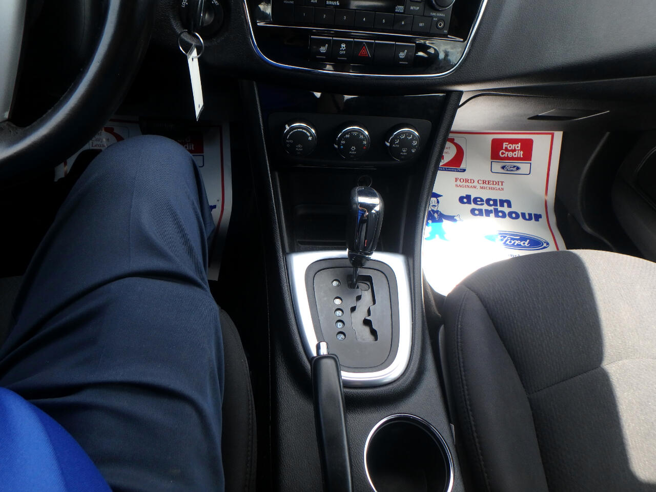 Chrysler 200 4dr Sdn Touring 2013