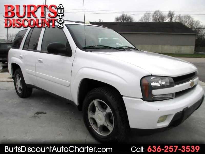 2005 Chevrolet TrailBlazer LS 4WD**FINANCING AVAILABLE**