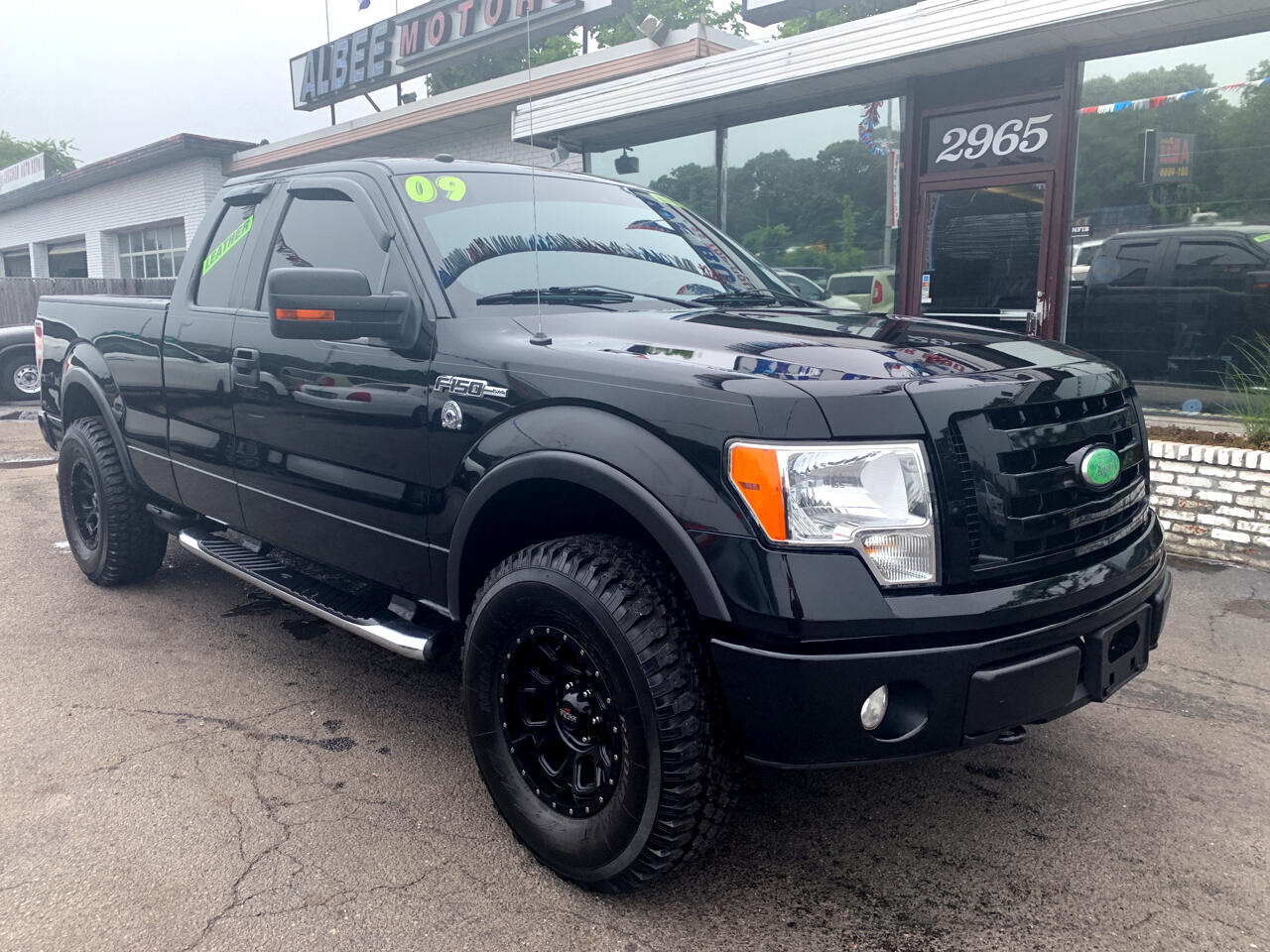 """2009 Ford F-150 4WD SuperCab 145"""" Lariat"""