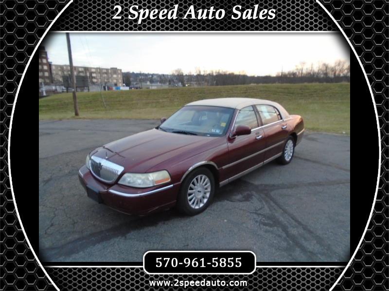 2003 Lincoln Town Car Executive