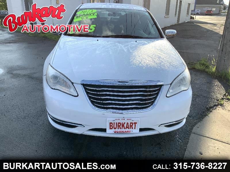 Chrysler 200 Touring 2013