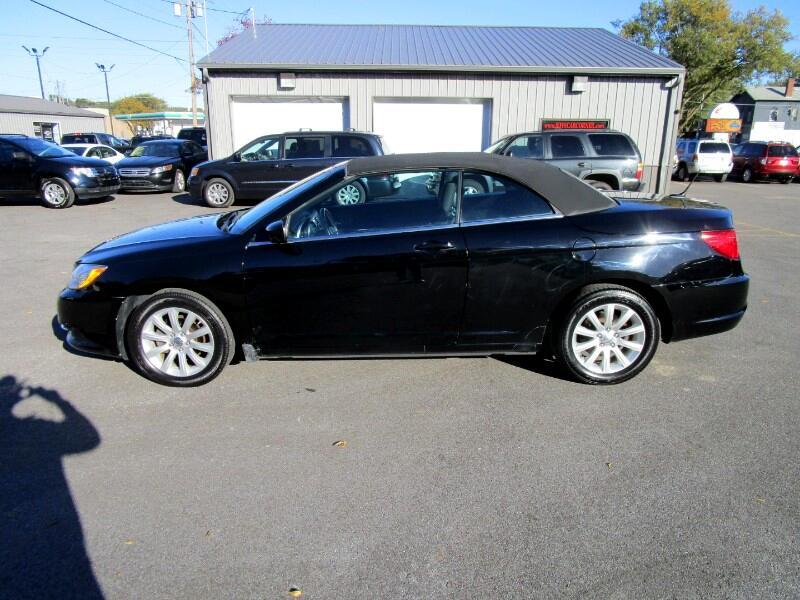 2012 Chrysler 200 Touring Convertible