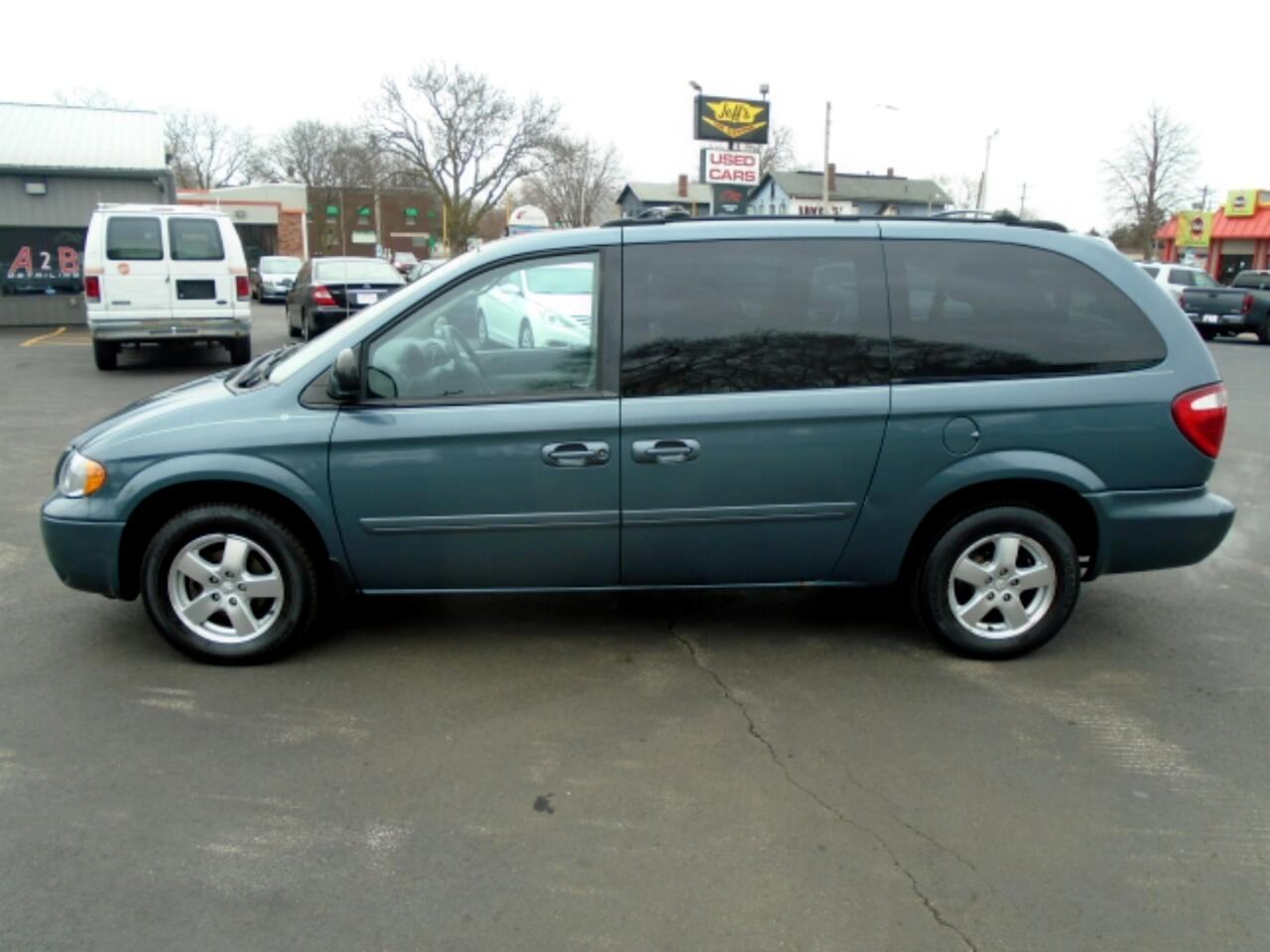 Dodge Grand Caravan SXT 2005
