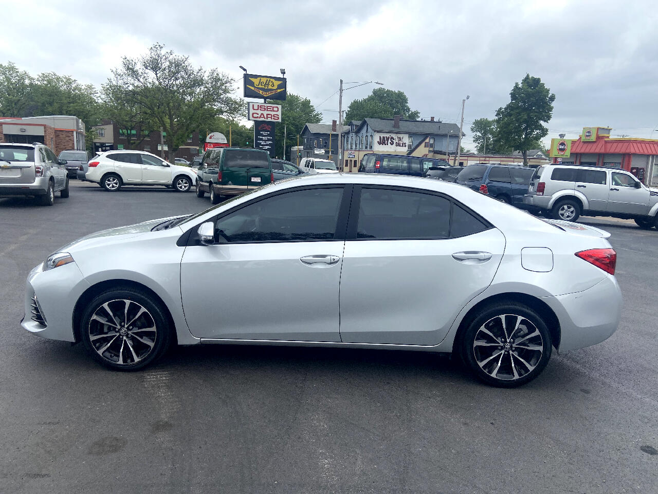 Toyota Corolla SE CVT 2018