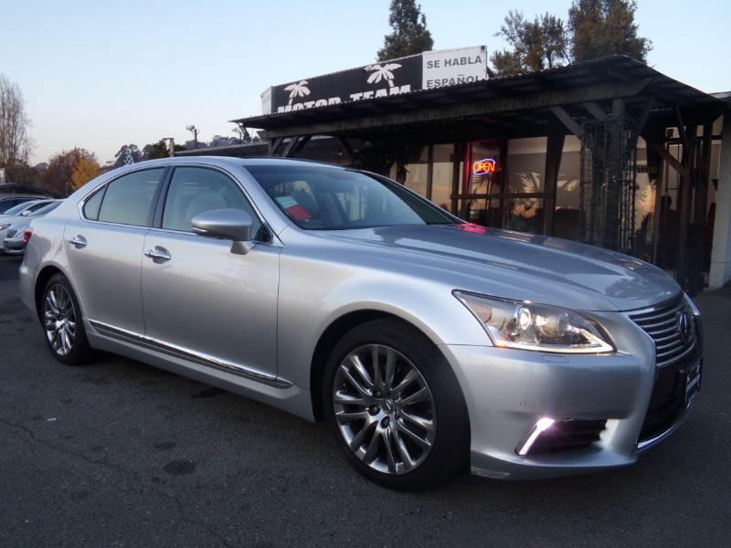 2016 Lexus LS 460 Luxury Sedan