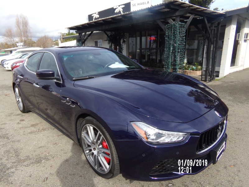 2015 Maserati Ghibli S Q4 4 Door Sedan Sports Package