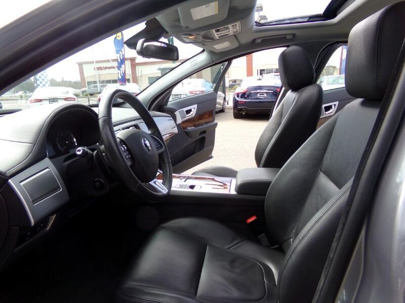 2015 Jaguar XF-Series XF 2.0L I4T Premium