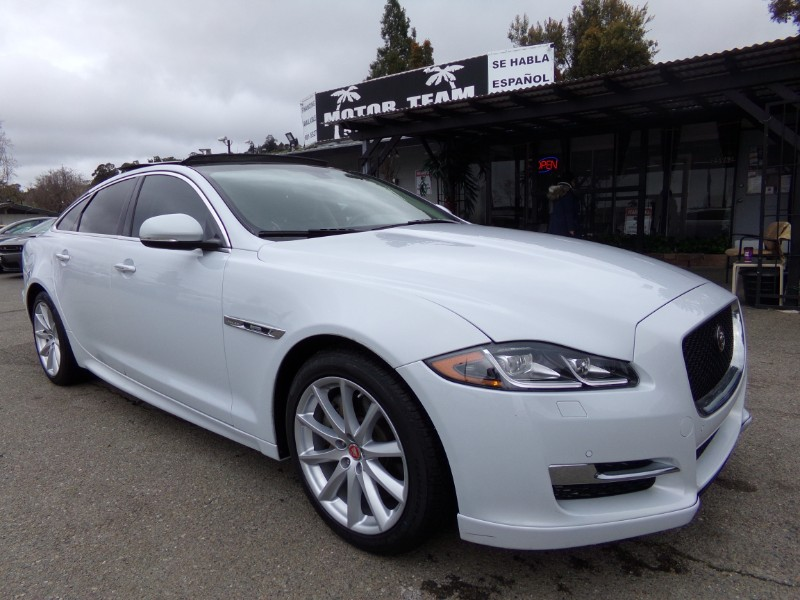 2016 Jaguar XJ-Series XJ R SPORTS