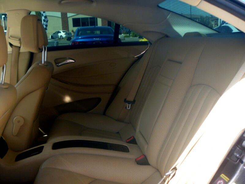 2011 Mercedes-Benz CLS-Class CLS550